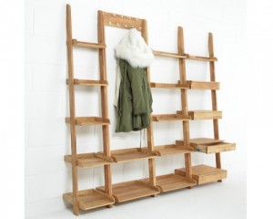 Narrow-Leaning-Shelf