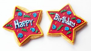 happy-birthday-cake-in-start-hd-wallpaper