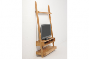 Oak-leaning-tv-on-angle-with-TV