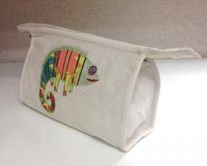wash-bag-chameleon-pop