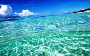 Free-Summer-Screensavers-and-Wallpaper-Clear-Water