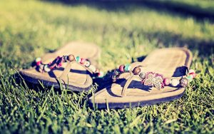 summer-cool-personality-sandals-wallpaper_1428461771