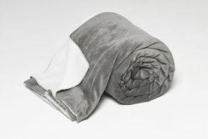 AW16-velvet-fine-bedspread-wild-dove-grey