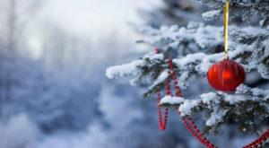 Festive-Christmas-Tree-Wallpaper-free-hd