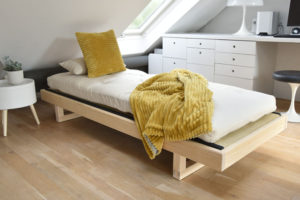 Mirage-single-bed-on-location