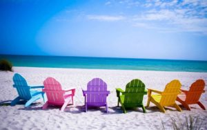 colorful-chairs-free-beach-wallpapers-beach-backgrounds-587fb9eb5f9b584db31f75d4